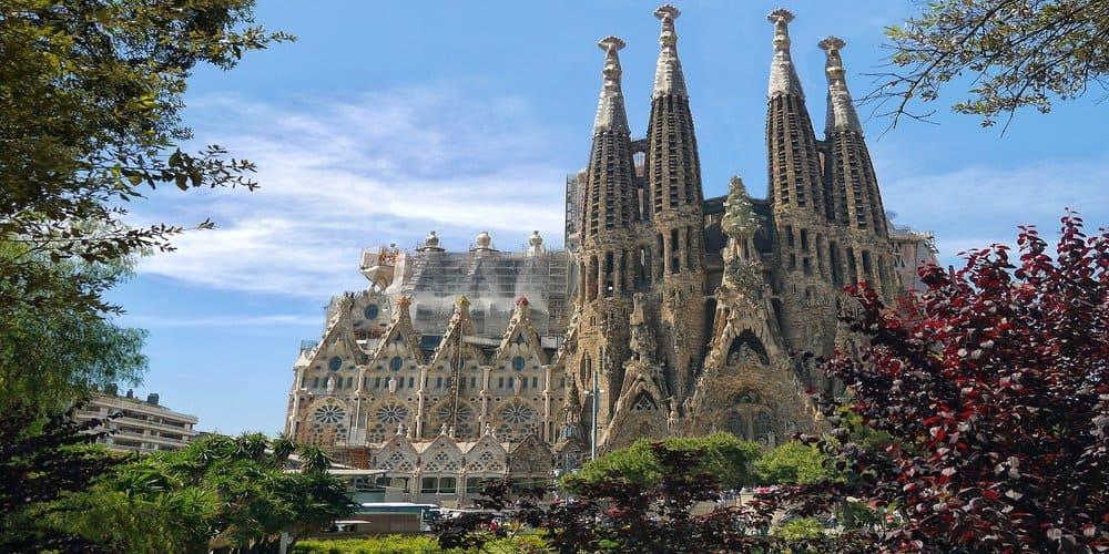 La Sagrada Familia es una de las cosas que ver en Barcelona obligatoriamente