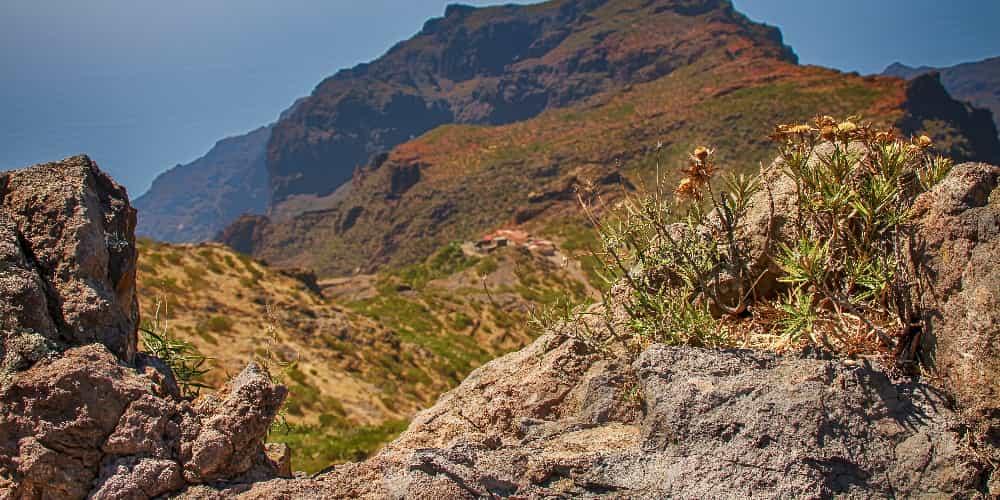 El senderismo es otra atracción principal es Tenerife
