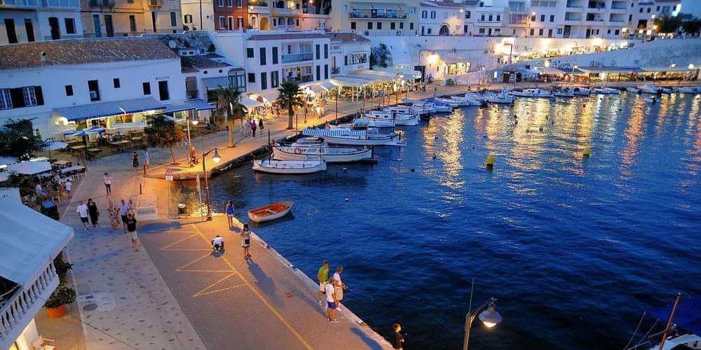 Mahón, un lugar perfecto donde alojarse en Menorca