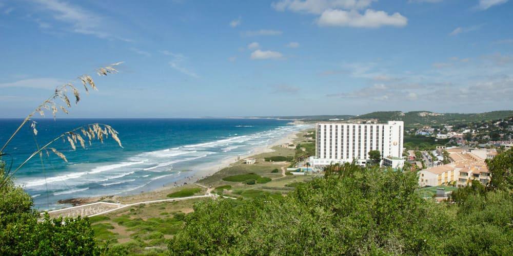 San Bou la Playa más extensa de la isla