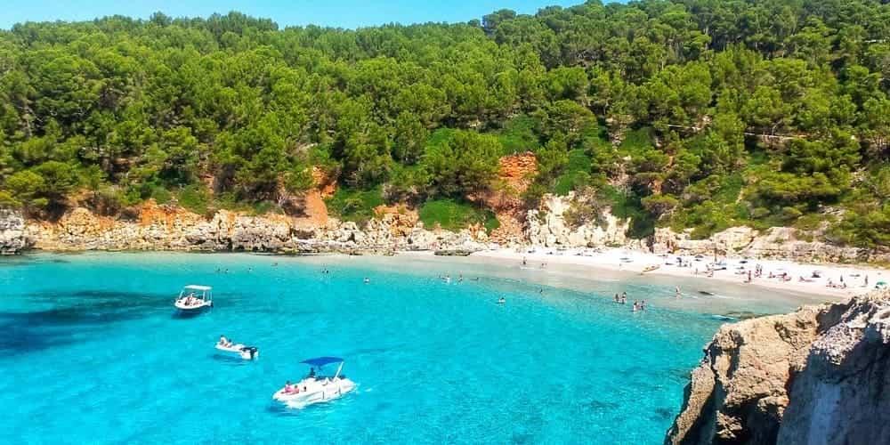 Cala Escorxada, preciosa playa virgen de Menorca