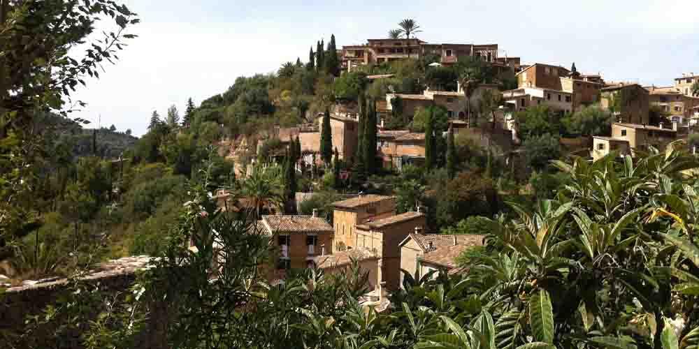 Pueblo de Deià, uno de los pueblos más bonitos de Mallorca.