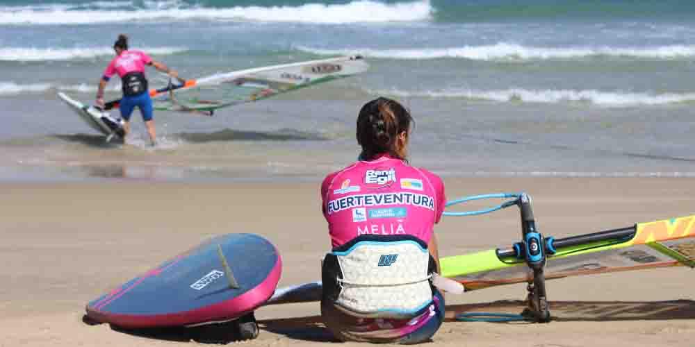Windsurf en las costas de Fuerteventura.