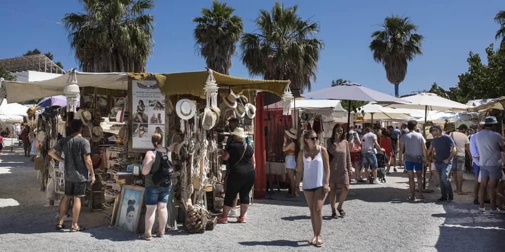 El famoso mercadillo hippy Las Dalias