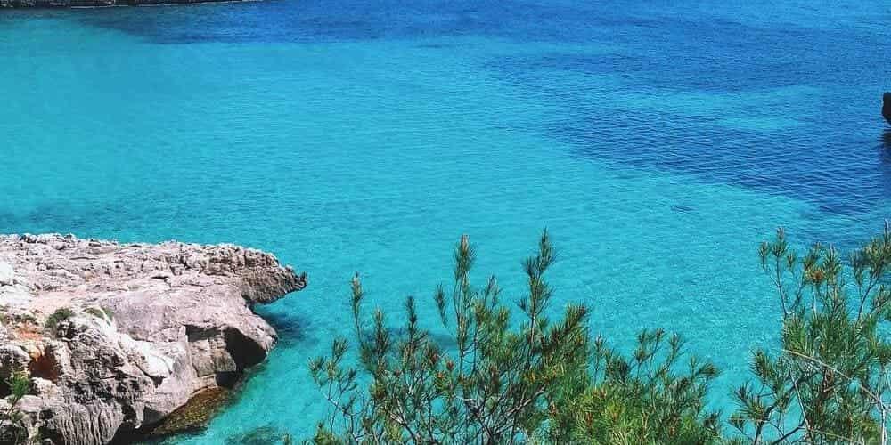 Descubre las mejores calas que ver en Menorca