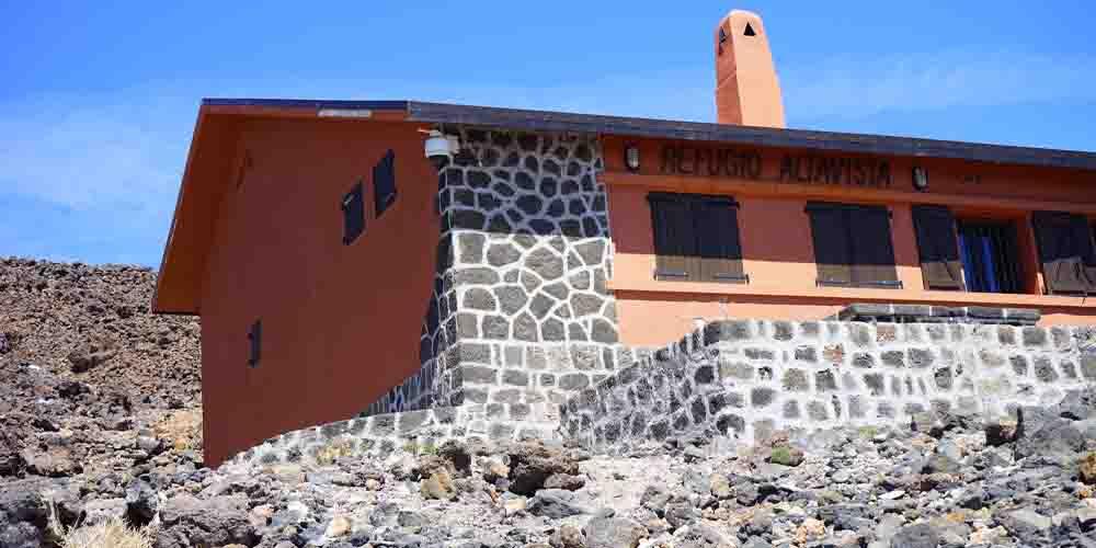 El Refugio de Altavista en la montaña del Teide.