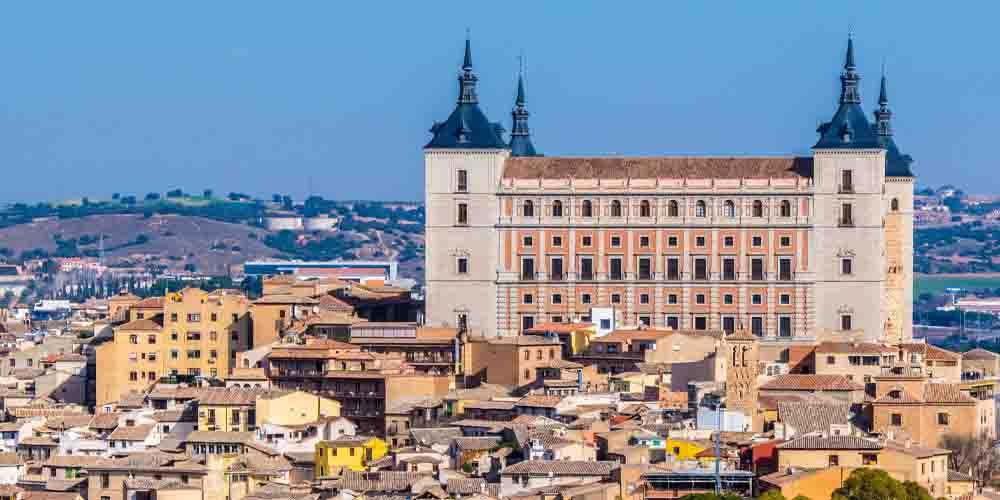 Vista del Alcázar de Toledo.