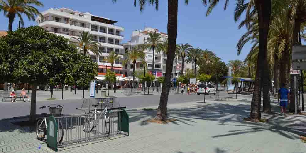 Zonas baratas donde dormir en San Antonio en Ibiza.