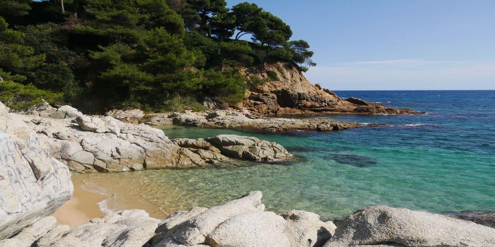 La Costa Brava es uno de los mejores destinos para hacer una excursión cerca de Barcelona
