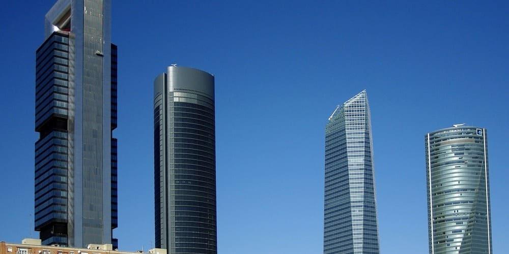 Cuatro Torres mirador, los edificios más famosos de la capital