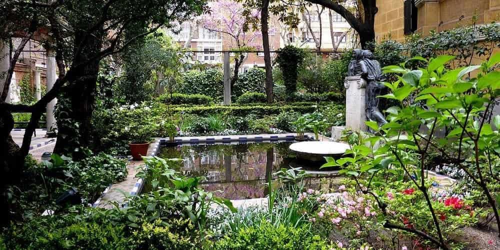 Un precioso jardín de estilo andaluz en el Museo Sorolla de Madrid