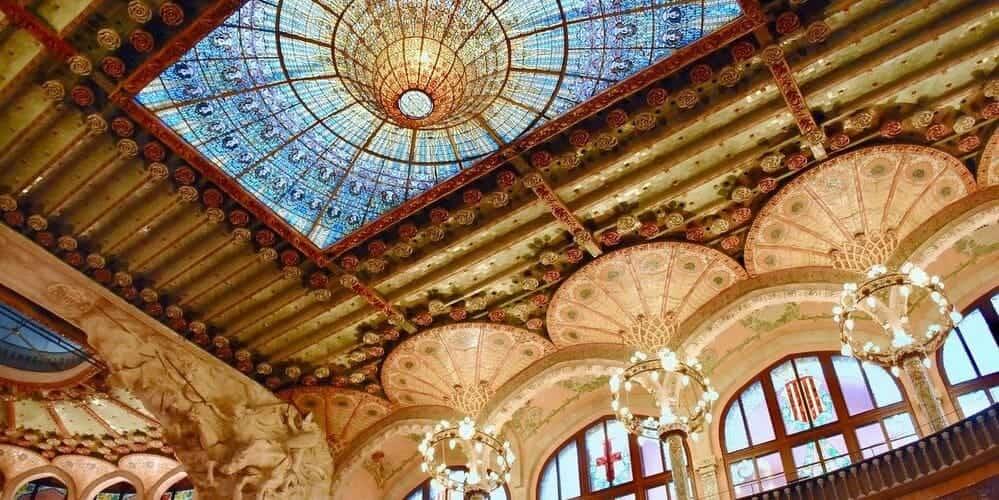 Palau de la Música, conoce su precioso interior y su asombrosa fachada