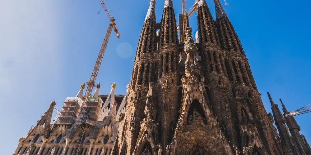 La Sagrada Familia, un lugar imprescindible que visitar en Barcelona