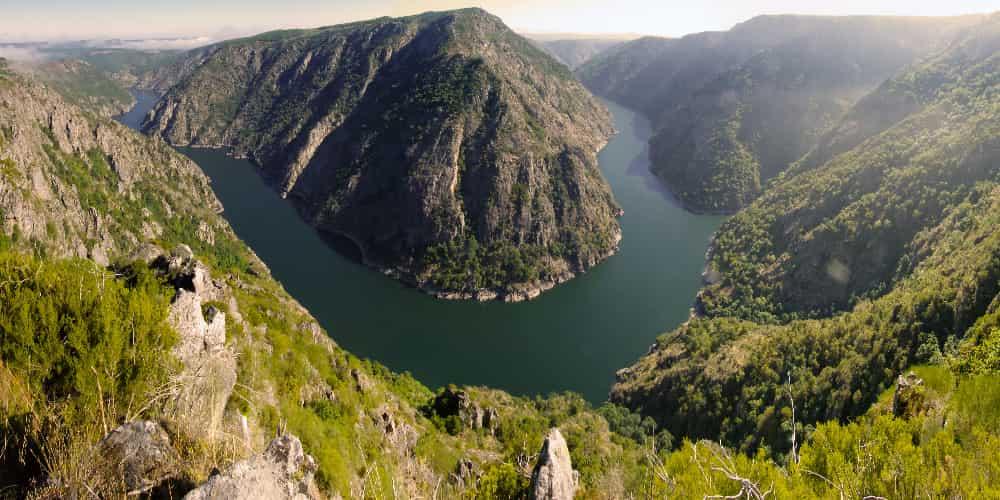 El cañón del Sil es uno de los paisajes más bellos que ver en Galicia