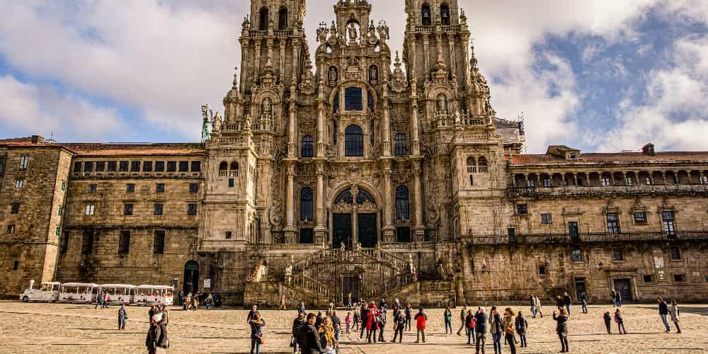 La Catedral de Santiago es uno de los principales monumentos que ver en Galicia