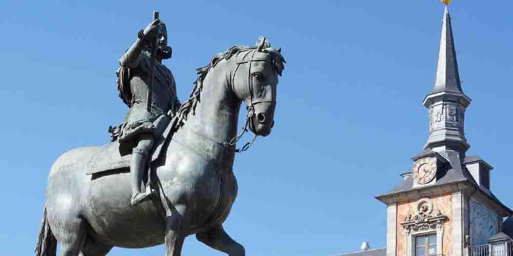 Estatua ecuestre de Felipe III que ver en la Plaza Mayor de Madrid en 3 días.