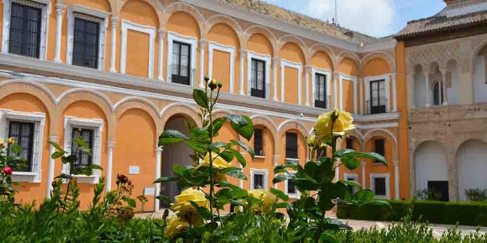 El Real Alcázar, uno de los principales monumentos que ver en Sevilla.
