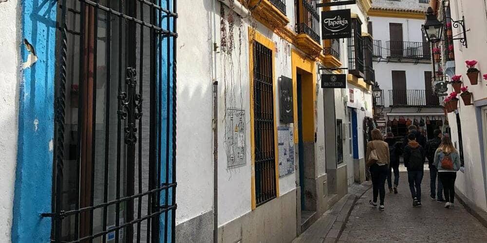 El Barrio de la Judería, recorre sus callejones llenos de encanto