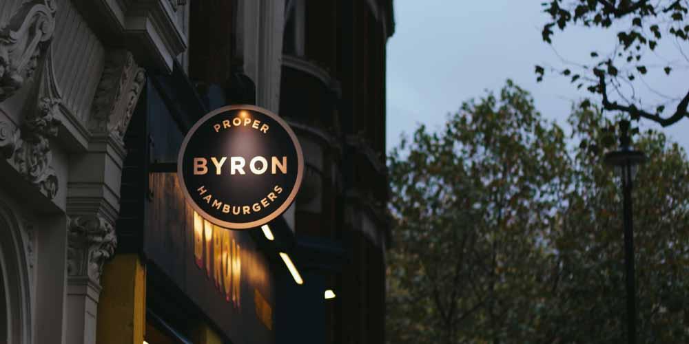 Byron Burgers es una cadena de hamburgueserías donde comer barato en Londres.