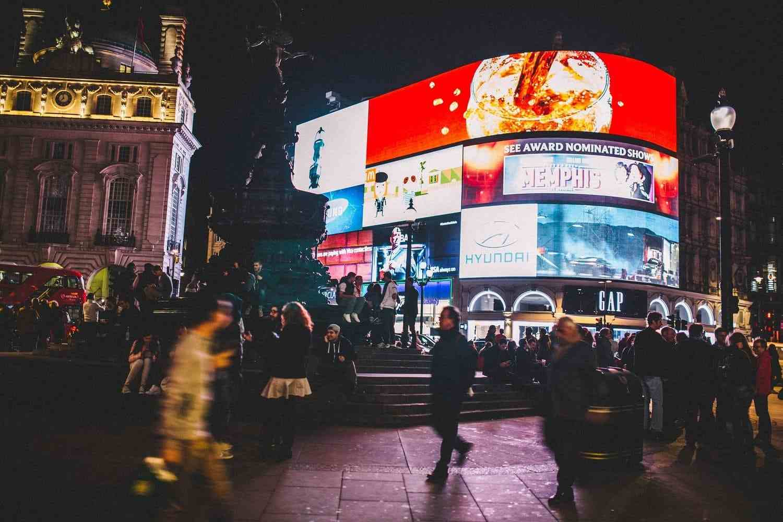 Piccadilly Circus, la plaza más famosa de Londres