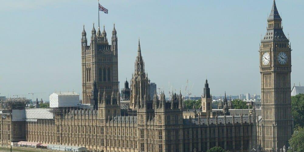 Imagen panorámica de la Abadía de Westminster, el palacio de Westminster y el Big Ben