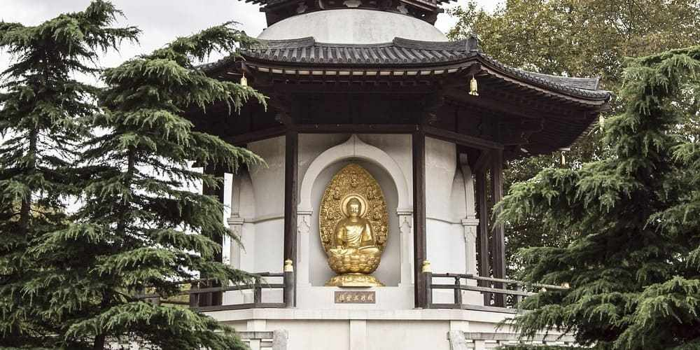 Pagoda en el Battersea Park, uno de los parques de Londres más famosos