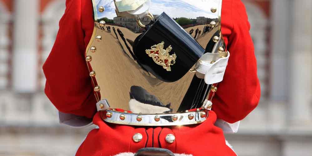 Un apartado de nuestra guía de Londres es ver el cambio de guardia en el Buckingham Palace.