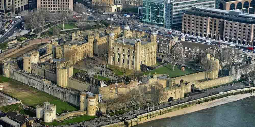 La Torre de Londres, uno de los monumentos más antiguos de la ciudad.