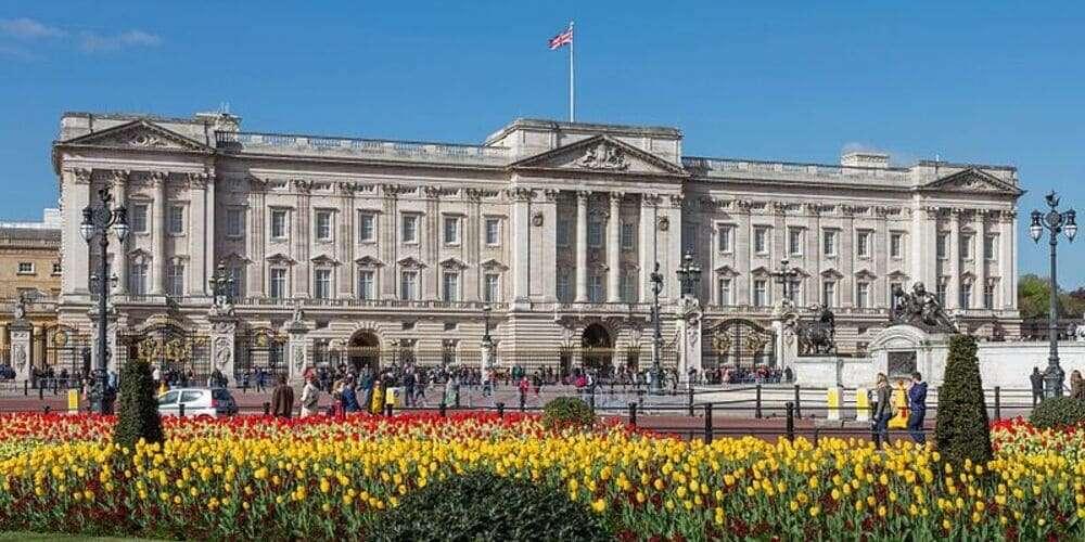 Exterior del Palacio de Buckingham, un lugar ideal para visitar con niños