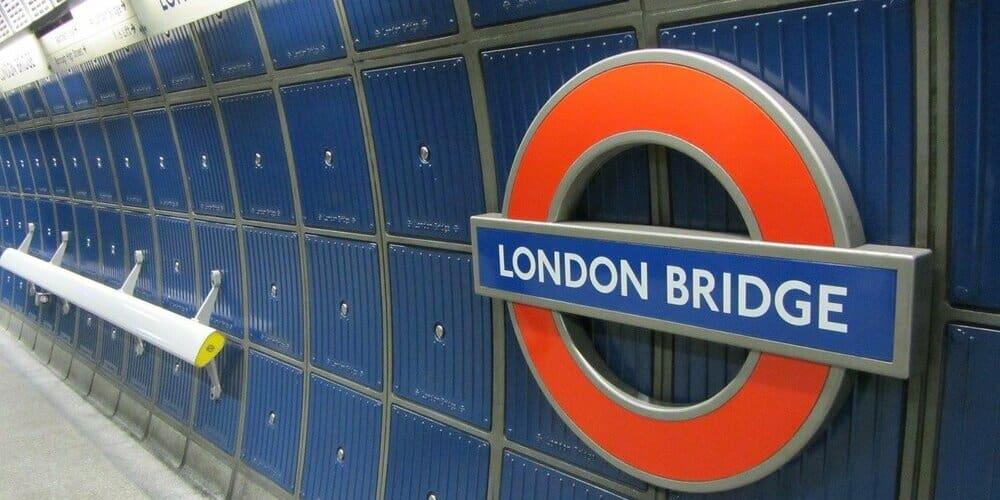 Horarios del transporte público de la capital inglesa