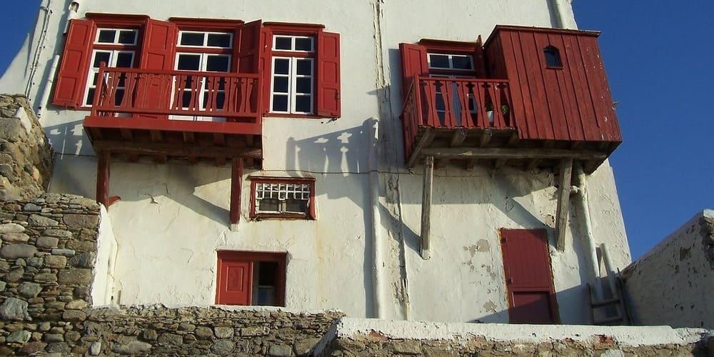 Fachada de un edificio de Mykonos
