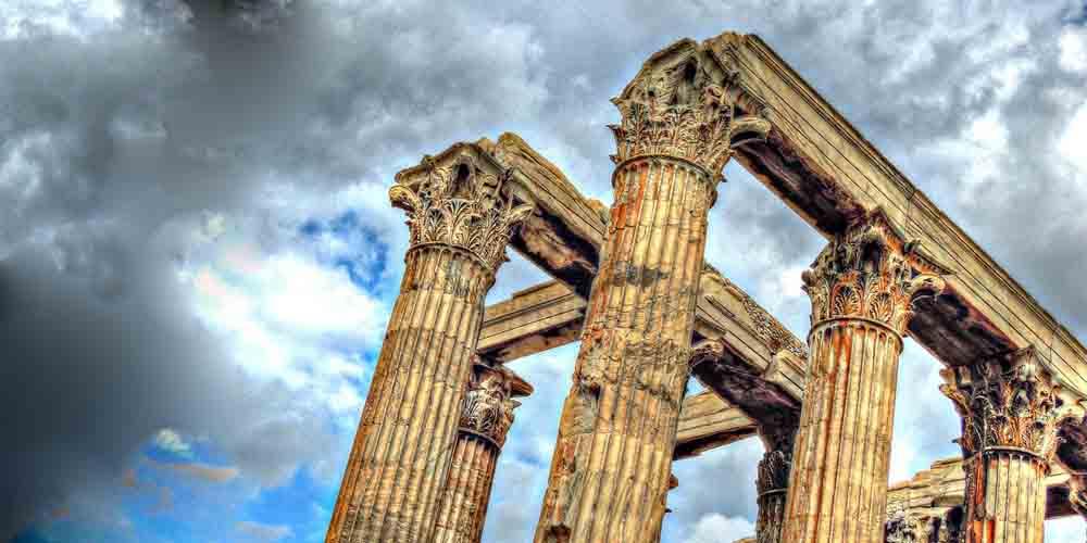 Columnas corinitas del Templo de Zeus, principal monumento que ver en Atenas en 4 días.