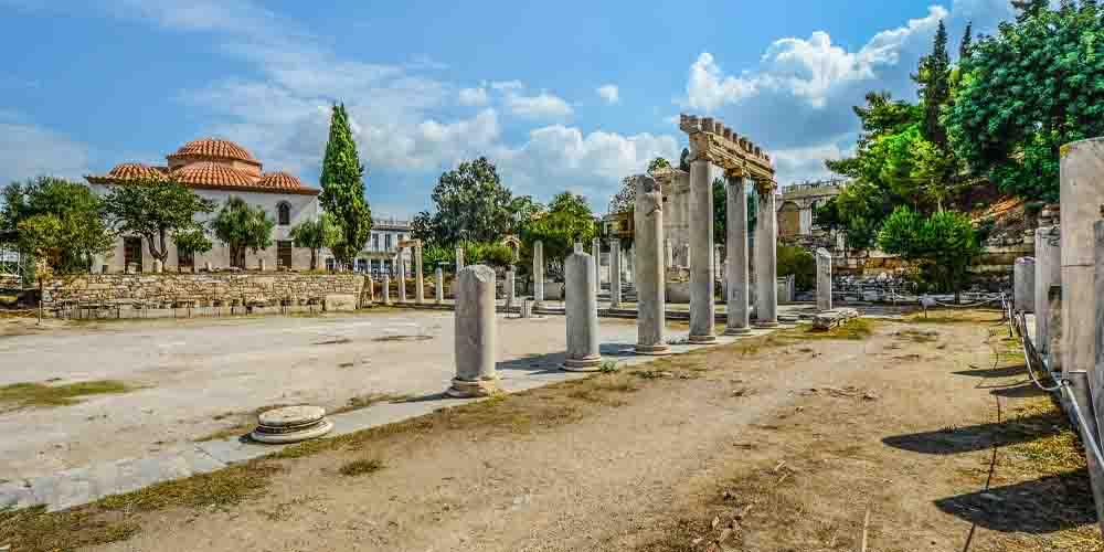 Imagen de los restos del Ágora antigua.