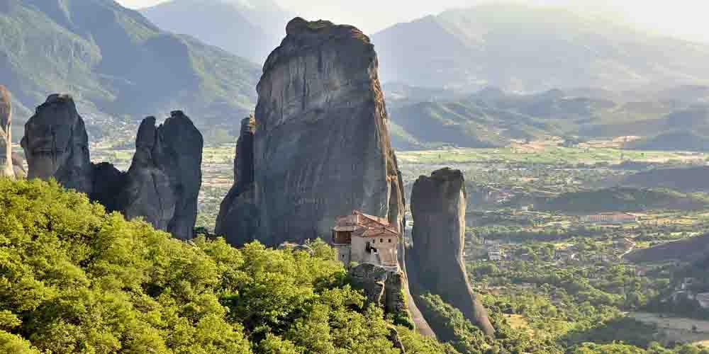 Cómo visitar el Monasterio de Roussanou en Meteora.