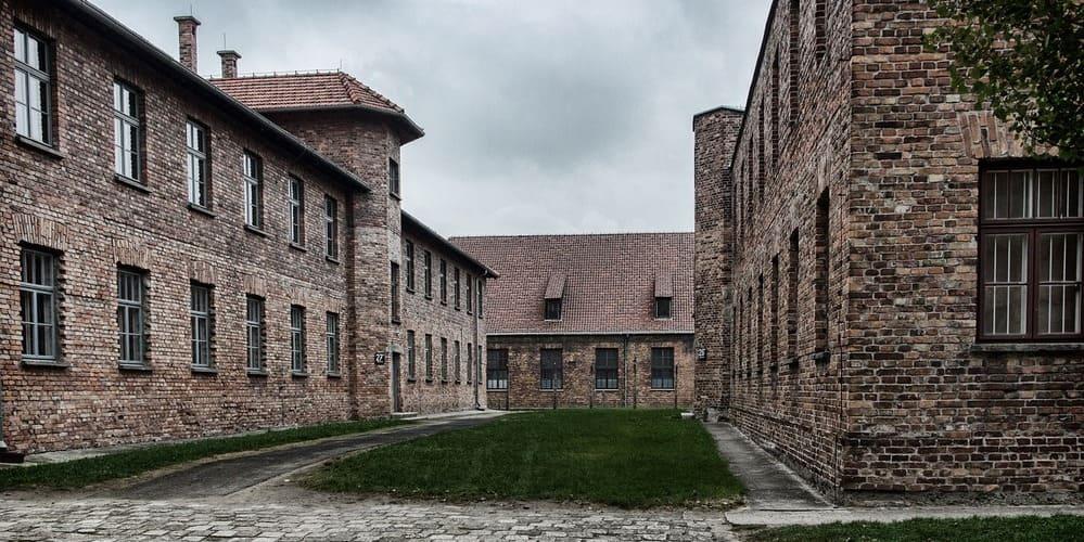 Cómo llegar a Auschwitz desde Cracovia (Polonia), precios y recorridos