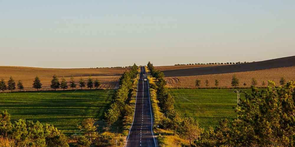 Carretera en Turquía para ir de Estambul a Capadocia.