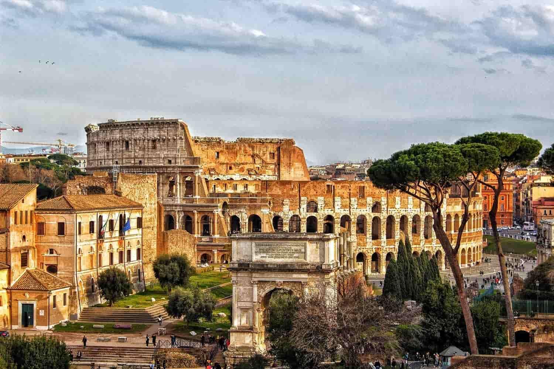 Qué ver cerca del Coliseo Romano: 10 Lugares Turísticos