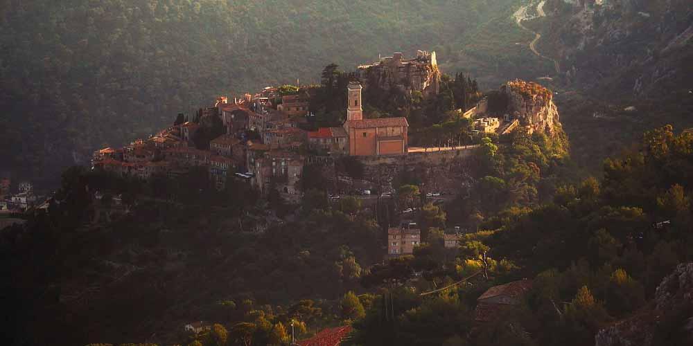 Pueblo de Eze en la ruta para ir de Niza a Mónaco y Montecarlo.
