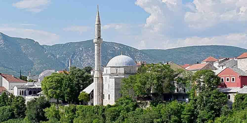 La Mezquita Koski Mehmed Pasha es una de las principales cosas que ver en Mostar en un día.