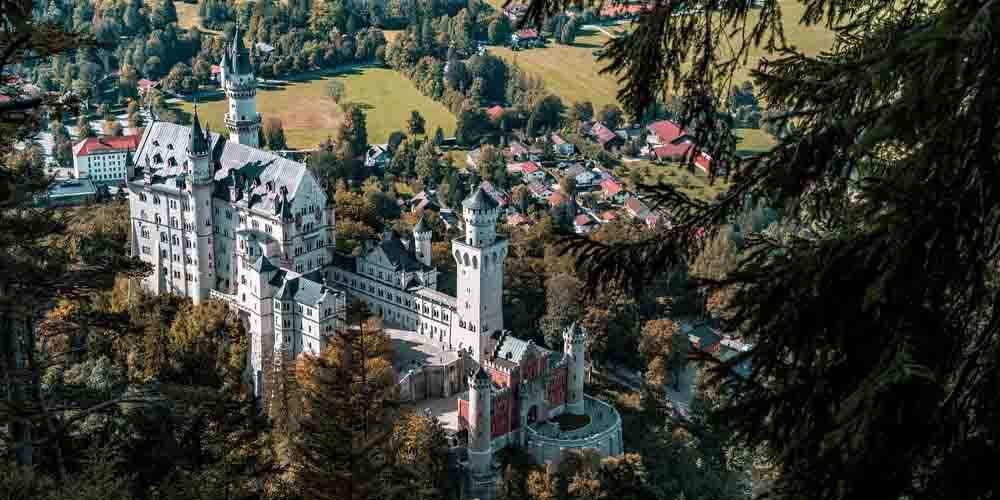 Imagen desde lo alto en una visita a Neuschwanstein.