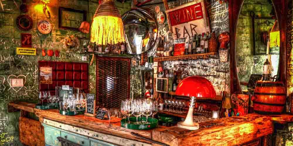La barra de un Bar Ruina.