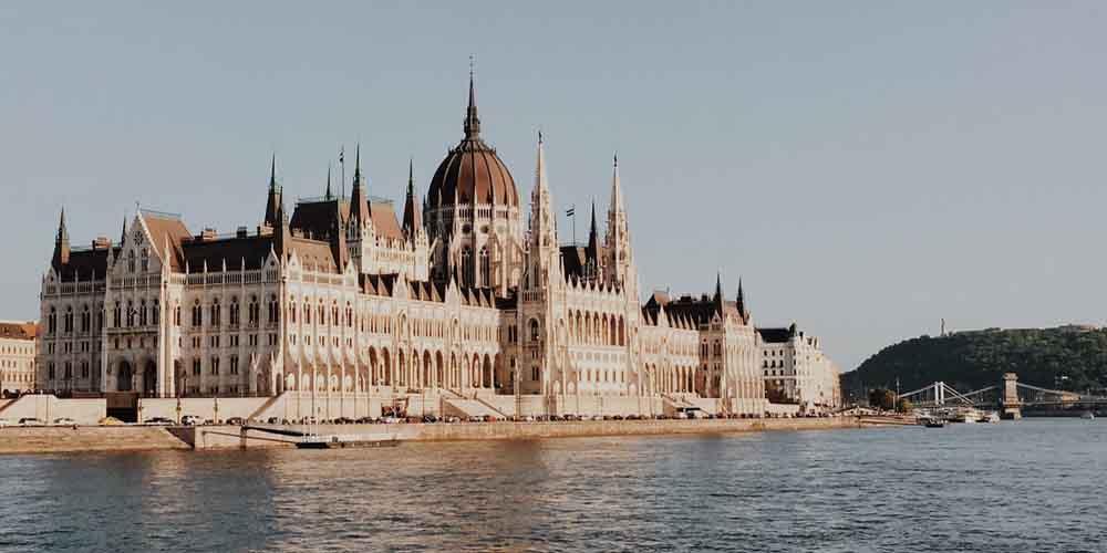 Una visita a Budapest en 2 días por el Parlamento Húngaro.