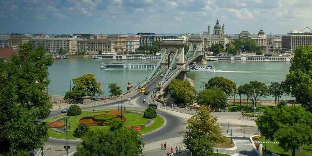 Una visita a Budapest en 4 días por el Puente de las Cadenas.