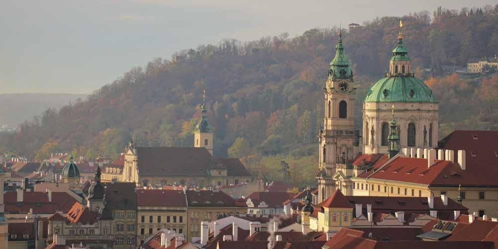 La Iglesia de San Nicolás, la más famosa de Praga en el Barrio de Malá Strana.