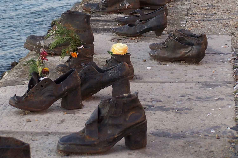 El monumento a los Zapatos y más monumentos de Budapest