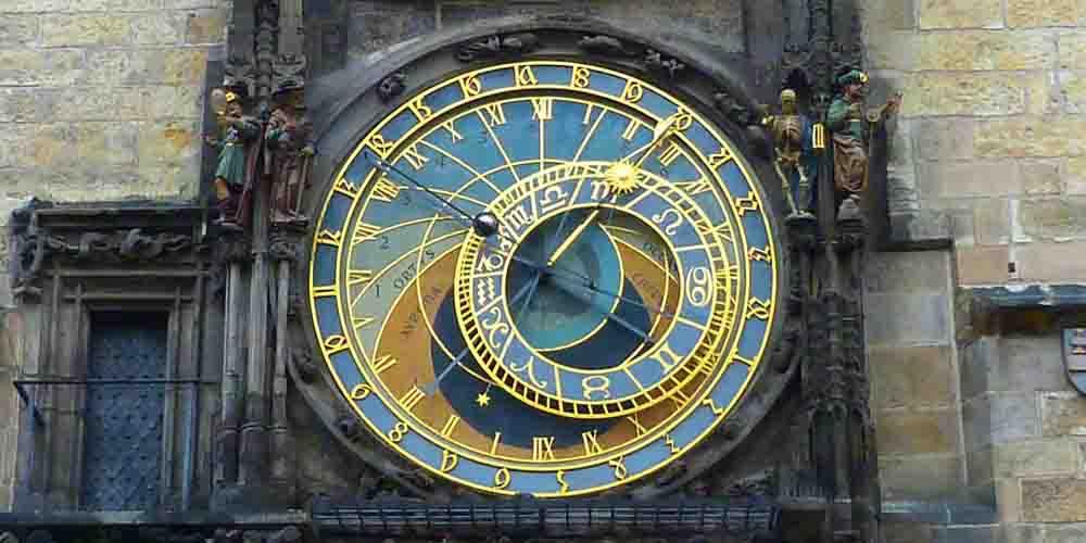 El Reloj Astronómico en el itinerario para visitar Praga en 4 días.