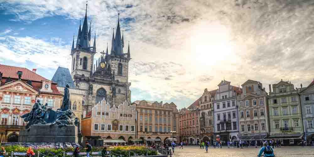 La Iglesia Nuestra Señora Ante Týn en la ruta por Praga en 4 días.