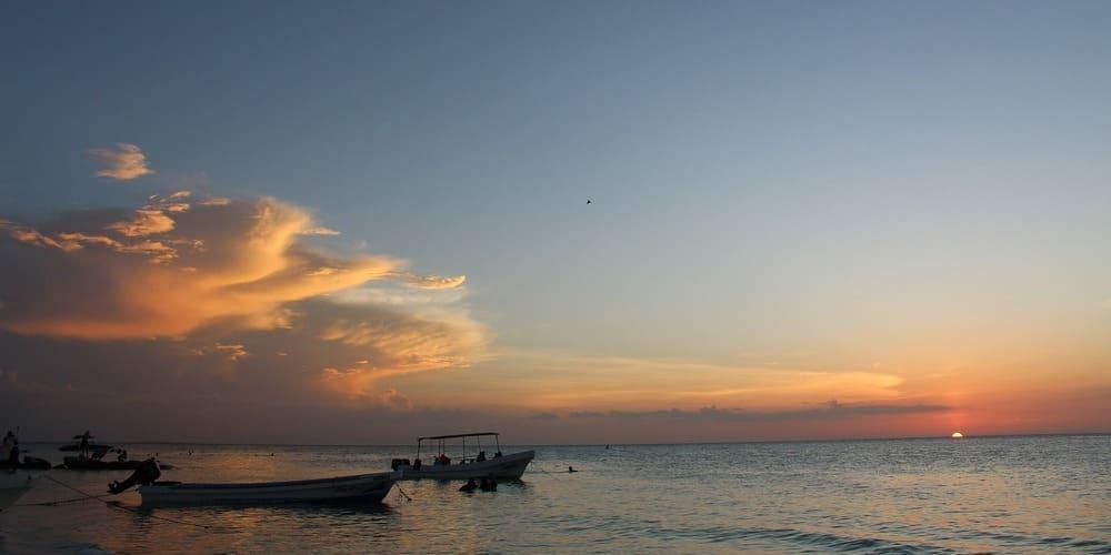 Distancia entre Playa del Carmen y Cancún