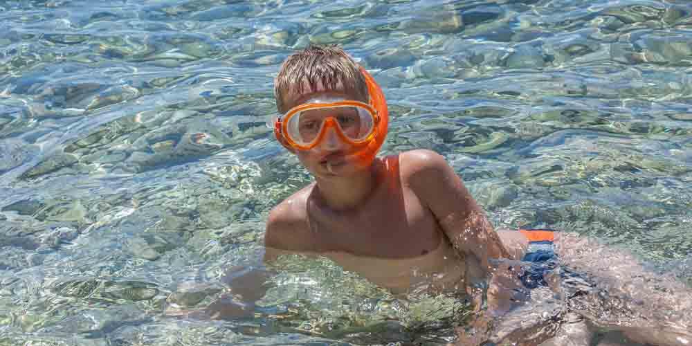 Imagen de unas vacaciones en Menorca con niños.