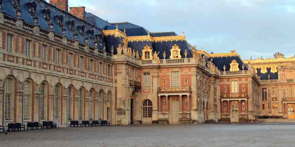 Consejos para visitar el Palacio de Versalles que se ve en la imagen.